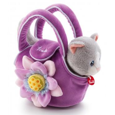 Kotek w fioletowej torebce...